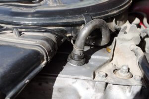 Cleaning The PCV Valve - Step 1