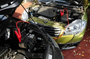 The Right Way To Jump Start A Car - Step 6