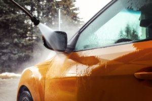 Washing Your Vehicle: Rinse from top to bottom.